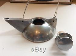 Anthony Parfitt Kenetic Teapot Bauhaus style