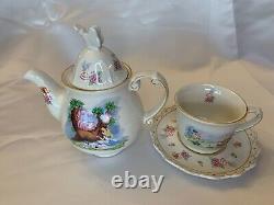 DisneyWorld Alice Tea For One, Alice in Wonderland. Tea Pot & Cup Set. 4 pieces