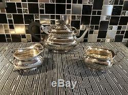 Georgian English Hallmarked Silver Tea Set Inc Teapot No Reserve 905 Grams
