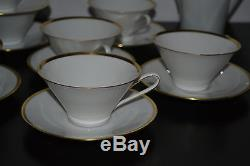 Hutschenreuther Hohenberg White Gold Set Of 7 Cups With Saucers And Tea Pot