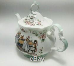 ROYAL DOULTON England BRAMBLY HEDGE TEA SERVICE Set Teapot Creamer Sugar