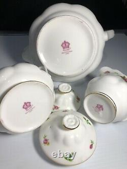 Royal Albert New Country Roses Teapot, Creamer, Sugar Bowl SET EXCELLENT CONDITION