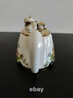 Royal Albert Old Country Roses Teapot With Tea Setting On Lid Read Description