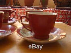 Tea Set Vinage, Tea Pot, Cream, Sugar, 4 Cups 5 saucers 5 cake Plats one 10 Plate