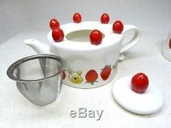 Tokyo Disney Resort Afternoon Tea Winnie the Pooh Cake tea pot cup set