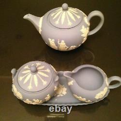 Vintage Blue White Wedgwood Jasperware Figural Scenic Tea Set Teapot Cream Sugar