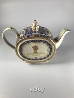 Vintage Made in England James Sadler Queen Elizabeth Jubilee Teapot