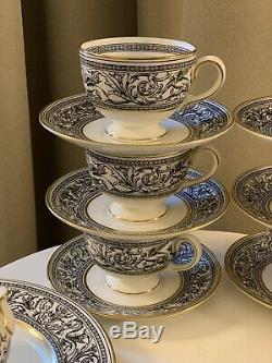 Wedgwood Florentine Black Tea Set for 6. Teapot, Sugar, Creamer, Plates, C&S