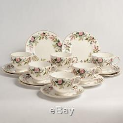 Wedgwood HATHAWAY ROSE 22 Piece Tea Set with TEAPOT Trios Jug Bowl Cups