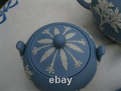 Wedgwood Jasperware Tea Set. Teapot, Creamer, Sugar, Cup & Saucer